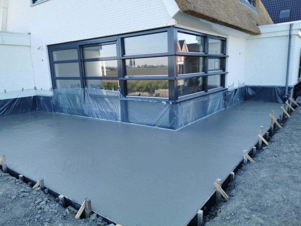 Terras van beton